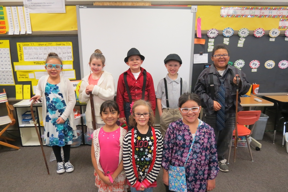 Southeast School Celebrates the 100th Day of School